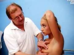 valerie love tunnel gaping by old gyno doctor