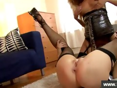 blond getting her pussy sucked by angel