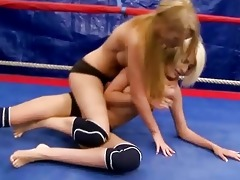 pretty young blondes fighting