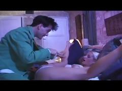 marcias snatch a xxx brady parody - scene 2