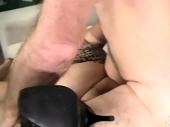 toosie\s fat latin cum-hole acquires probed by an