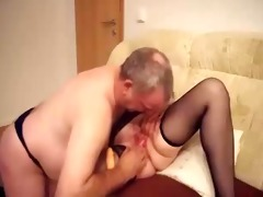 masturbating my sexually horny old floozy. amateur