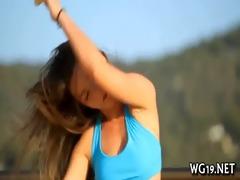 girl masturbates on livecam