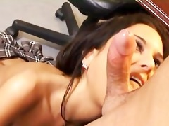 college gal fuck at the classroom