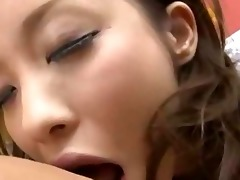 juvenile asian maid giving oral-job getting her