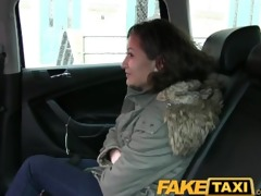 faketaxi czech hotty can afford taxi so pays with