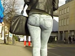 candid - juvenile blond chick in constricted jeans