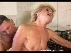 old slut copulates with a youthful guy