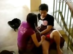 pinay student nag iyotan sa hagdanan ng school